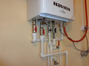 Монтаж котла двухконтурного до 105 кВт с запорной арматурой и расширительным баком обвязки