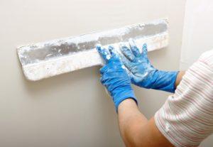 Шпатлевание стен под покраску слоем до 3мм (в 3–4слоя)