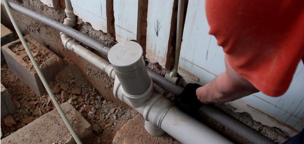 Прокладка водопроводных и канализационных труб