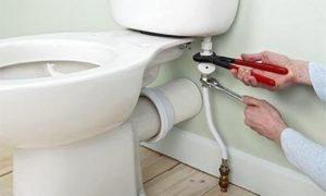 Переборка канализационной системы для установки унитаза